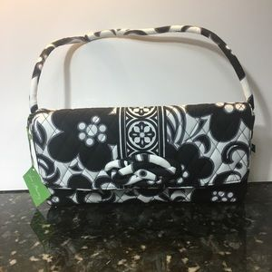 NWT Vera Bradley Knot Just a Clutch handbag!